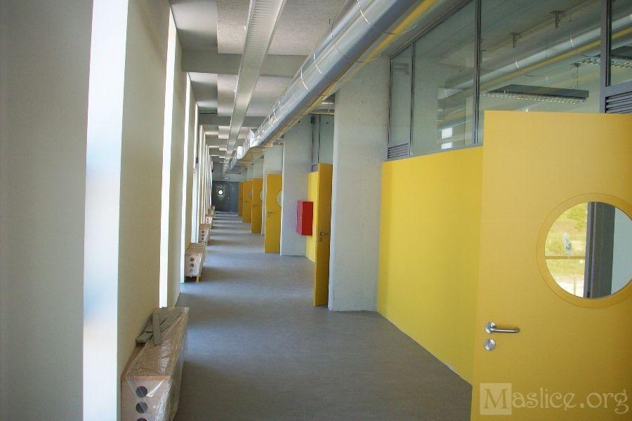 Budowa_SP26_Wroclaw_korytarz