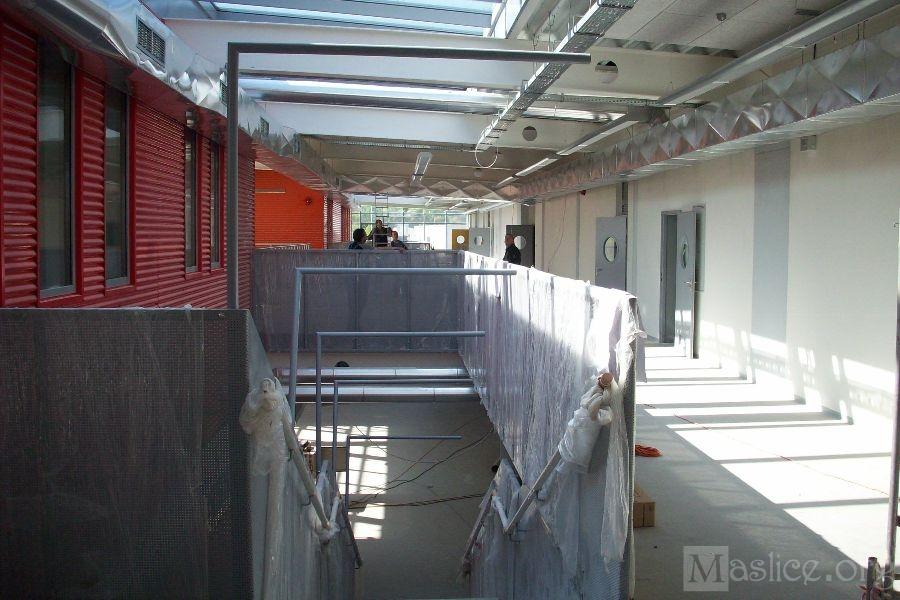 Budowa_SP26_Wroclaw_korytarz_gora